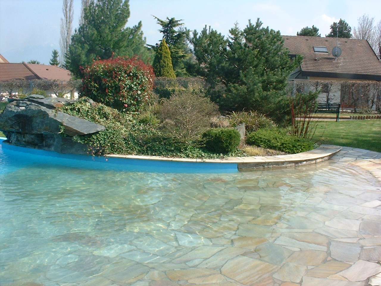Piscines particuliers piscine spa 74 haute savoie et for Piscine haute savoie